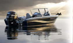 2014 - Stratos Boats - 385 XF