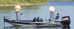 Stratos Boats 201 XL Bass Boat