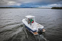 2018 - Striper Boats - 230 Walk Around OB
