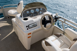 2011 - Sunchaser Pontoon Boats - 8520 40 Fish