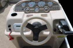 2013 - Sun Chaser Boats - Cruise 818