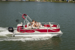 2013 - Sun Chaser Boats - Fish 8520 4PT