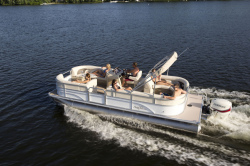2014 - Sun Chaser Boats - 8522 Lounger