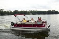 2014 - Sun Chaser Boats - Fish 8520 4PT