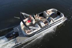 2017 - Sun Chaser Boats - Eclipse 8523 LR DH