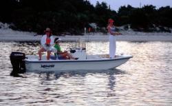 2009 - Sundance Boats - F17CC