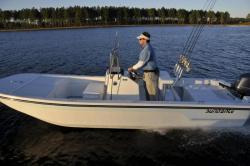 2012 - Sundance Boats - F19CCR