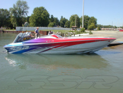 2009 - Sunsation Performance Boats - 32 SSR Mid-Cabin Open Bow