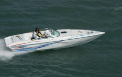 Sunsation Performance Boats 288 Mid-Cabin Open Bow