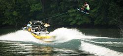 2017 - Supra Boats - SA350-550