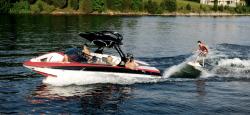 2013 - Supra Boats - Sunsport 242