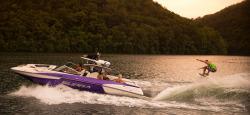 2015 - Supra Boats - SE 450-550