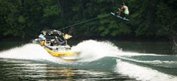 2015 - Supra Boats - SA 400-550