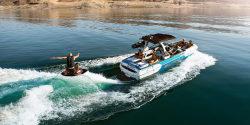 2018 - Supra Boats - SA 400-550