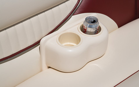 com_images_feature_images_large_f_09sw_removablecupholder_2