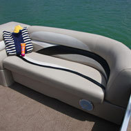 l_f_11swpe_200-4_2516bow-chaise1