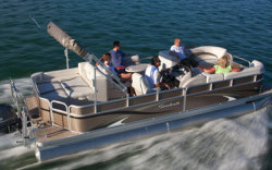 2011 - Sweetwater Boats - 220 SL