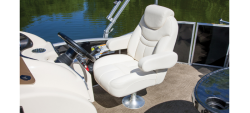 2013 - Sweetwater Boats - 200
