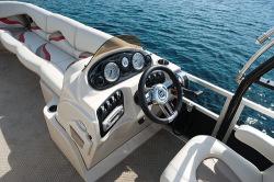 2010 - Sylvan Boats - Signature Sport 8520 RE