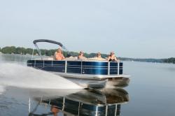 2012 - Sylvan Boats - Mandalay 8525 BAR