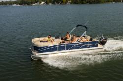 2013 - Sylvan Boats - Signature 8525 LZ