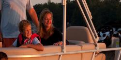 2014 - Sylvan Boats - Signature 8525 LZ Port