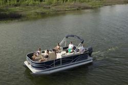 2017 - Sylvan Boats - Mirage Fish 818