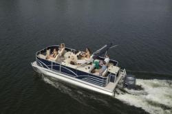 2017 - Sylvan Boats - Mirage Fish 820 4-PT