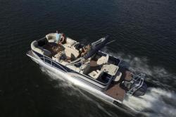 2017 Sylvan Boats Mirage 8522 Party Fish LE