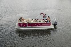 2018 - Sylvan Boats - 820 Cruise-n-Fish
