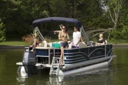 2019 - Sylvan Boats - 8522 Party Fish 40