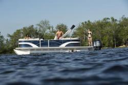 2019 - Sylvan Boats - 8522 Entertainer
