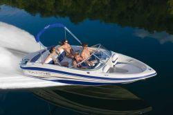 Tahoe Q4 Sport Bowrider Boat