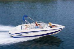 Tahoe Q8i Bowrider Boat