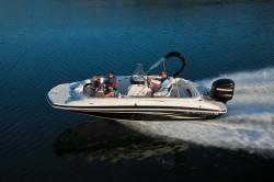 2012 - Tahoe Boats - 215 CC