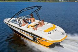 2012 - Tahoe Boats - Q7i