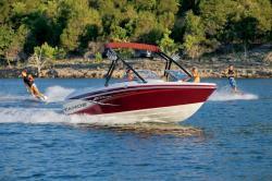 2013 - Tahoe Boats - Q7i