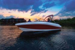 2018 - Tahoe Boats - 550 TS Outboard