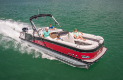 2018 - Tahoe Pontoons - 27- Cascade Platinum Entertainer