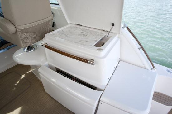 l_1tiara_3900_coronet_deck_sink_fridge-0009-0003