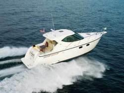 2011 - Tiara Yachts - 3500 Sovran LE