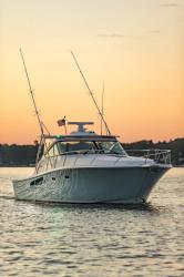 2018 - Tiara Yachts - Tiara 43