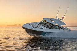 2019-Tiara Yachts- 34LX