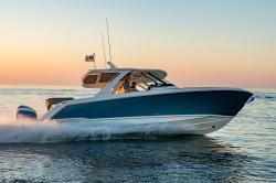 2019-Tiara Yachts- 38LS