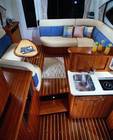 l_Tiara_Yachts_3900_Convertible_2007_AI-248771_II-11437810