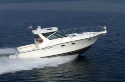 Tiara Yachts 3200 Open Walkaround Boat