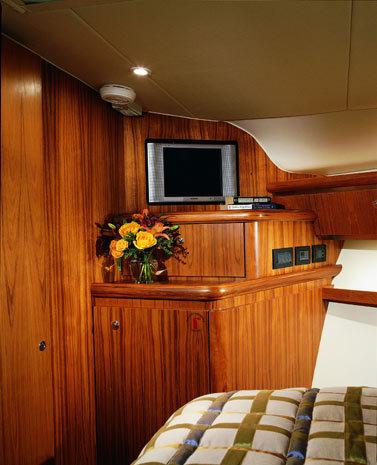 l_Tiara_Yachts_4200_Open_2007_AI-248886_II-11438473