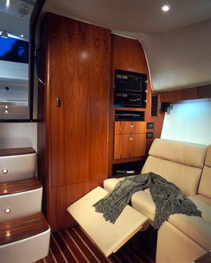 l_Tiara_Yachts_4200_Open_2007_AI-248886_II-11438487