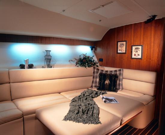 l_Tiara_Yachts_4200_Open_2007_AI-248886_II-11438491
