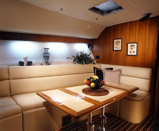 l_Tiara_Yachts_4200_Open_2007_AI-248886_II-11438493